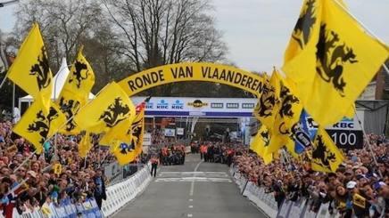 Giro delle Fiandre 2018 l'arrivo di una edizione passata