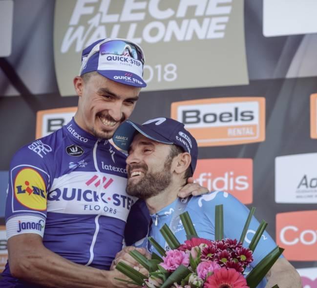 Alaphilippe con Valverde