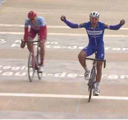 Gilbert trionfa a Roubaix
