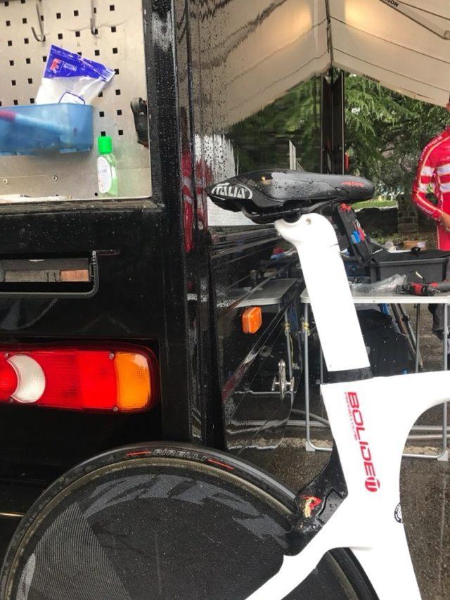 PIRELLI P ZERO VELO TT on Team Axeon Pinarello bike