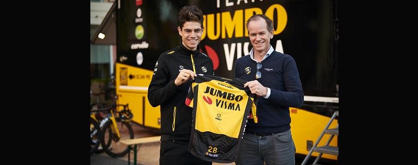 Van Aert prolunga con Team Jumbo-Visma