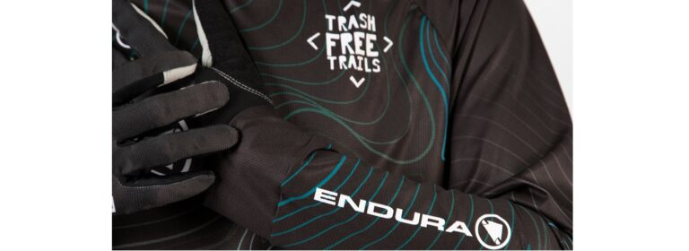 ENDURA COLLABORA CON TRASH FREE TRAILS E L'A-TEAM