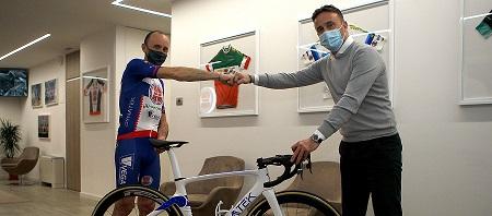 foto di Davide Rebellin con patron Massimo Levorato
