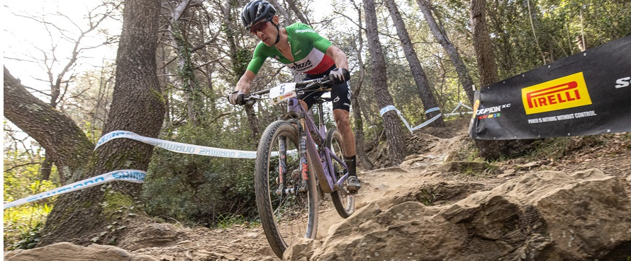 Luca Braidot ha lanciato la sfida a Nino Schurter; (Credits: Michele Mondini).