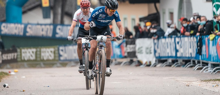 Maxime Marotte sul podio a Nalles
