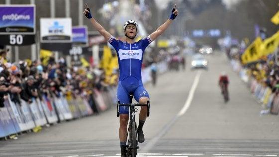 Niki Terpstra conquista il Giro delle Fiandre,