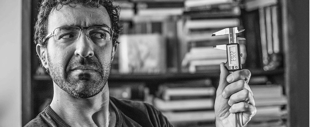 Luca Burzio. Nella foto di apertura Stefano Migliorini con il prototipo della celebre THOK Mig.