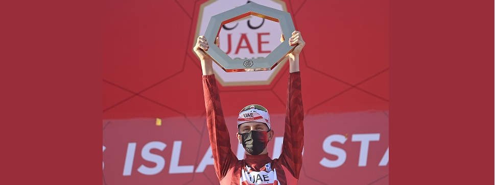Tadej Pogačar vince l'UAE Tour