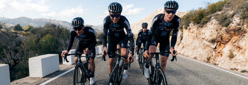 SCOTT Sports presenta le bici e il kit equipaggiamento che sarà in dotazione del giovane ed ambizioso Team DSM Bikes