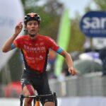 Gino Mäder vince la tappa 6 del Giro d'Italia