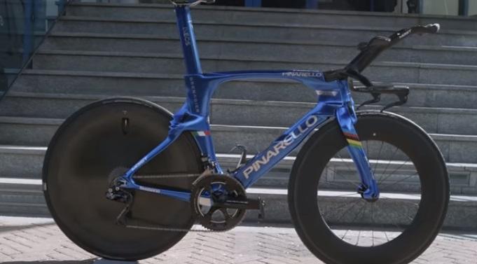 Pinarello Bolide TT di Filippo Ganna (fonte youtube)