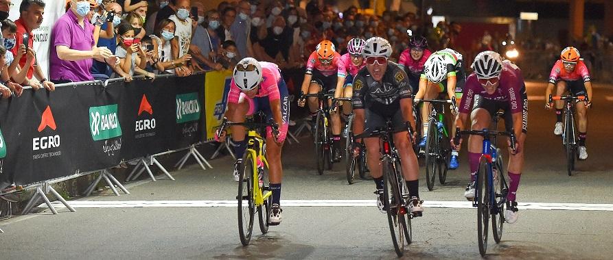 Trofeo Antonietto Rancilio 2021: a Parabiago vittoria di Rachele Barbieri davanti a Giulia Confalonieri ed Eleonora Gasparrini.