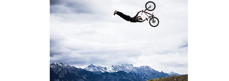 Emil Johannson in azione al Crankworx Innsbruck 2020