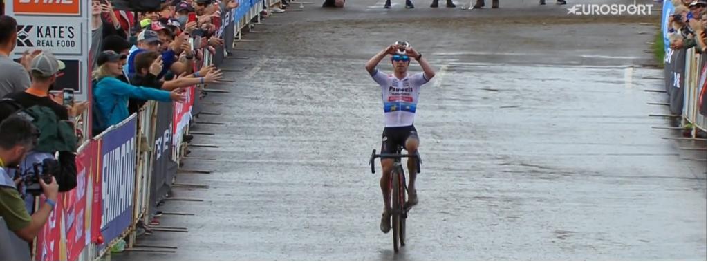 Eli Iserbyt vince a Waterloo