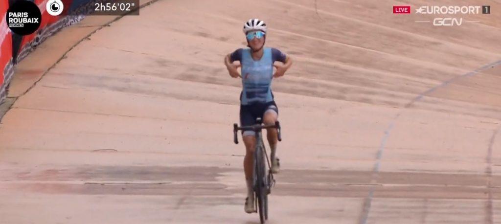 Lizzie Deignan vince la prima Parigi-Roubaix Femminile!